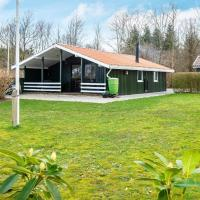 Three-Bedroom Holiday home in Knebel 30, hotell i Toftlund