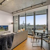 Modern, Executive 1 Bedroom Apartment With Balcony