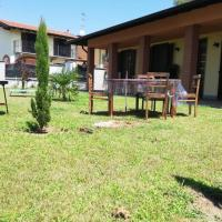 Villa indipendente, vicino a Vigevano e Milano, hotel in Gambolò