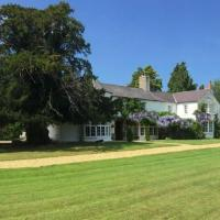 Glyn Isa Country House B&B and self catering Lodge