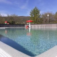 Camping du Lac, hotel en Foix