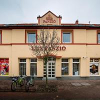 Lux Panzió, hotel Szarvason