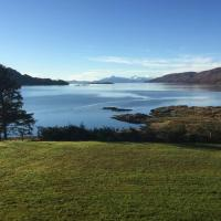 Bothan Dubh Self Catering Cabin, hotel in Kishorn