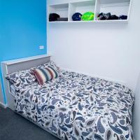 Zeni 5 Ensuite Room Flat