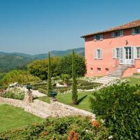 La Querce Villa Sleeps 13 WiFi, hotell i Mastiano
