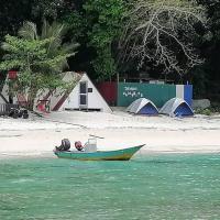 DEWATI CAMP SIDE, hotel in Lang Tengah