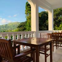 Oceanic View Apartments, hotel in Beau Vallon