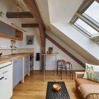 Mid-Century Design Apartment in Karlín by Prague Days