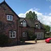 Character Farmhouse in the heart of Cheshire