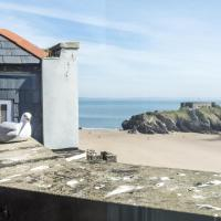 The Penthouse - Panorama Hotel - 1 Bedroom Apartment - Tenby