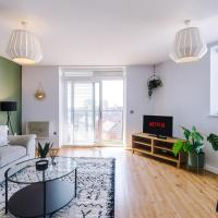 Rest & Recharge in Hulme by the City Centre (2 Bedroom, Free Parking)