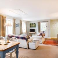Stable Cottage - Milton Lilbourne, hotel in Pewsey