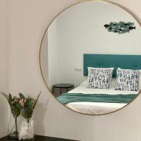 Apartamentos Turísticos Carmencita, hotel in Bolonia