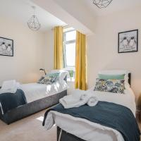 Spacious contractor apartment for large groups with parking - Pure Abodes serviced accommodation