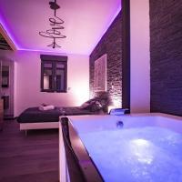 LE CHALET ZEN LOVE, hotel near Dole - Jura Airport - DLE, Foucherans
