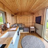 Twitchill Farm Shepherds Hut
