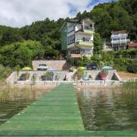Agape, hotel em Struga