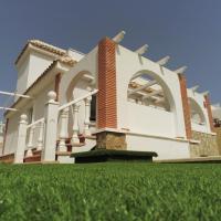 Villa Sierra Golf - Luxury Property Sleeps 8, hotel in Murcia