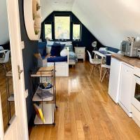 Tollgate Lodge Studio Apartment