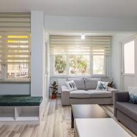 2 BR Apartment in Besiktas