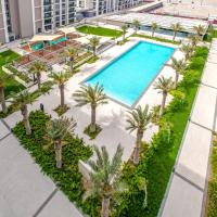 Luxury 2 bedrooms apartment In Bahrain, for Families, Only with beach access, hotel near Bahrain International Airport - BAH, Rayyā