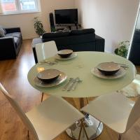 smooth 2 bed city centre apartment