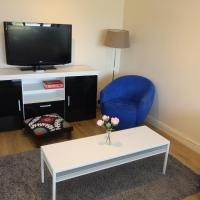 2BR flat close to Woolwich Centre - 7 Min Walk