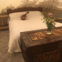 Stunning luxury lotus tent self contained sleeps 6