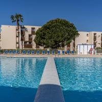 Vacancéole - Résidence L'Ile d'Or, hotel in La Londe-les-Maures