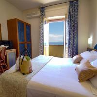 Hotel Residence Sciaron, hotell i Capo Vaticano