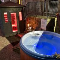 Romantic Cottage private outdoor Hot Tub & Sauna Harthill Hall private hot tub 8am - 10pm plus private daily use of indoor pool and sauna 1 hour
