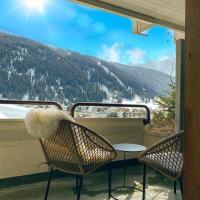 Wunderstay Alpine 403 Centric Studio Balcony/View