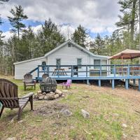 Upstate Escape by Schroon River and North Creek, hotel in Warrensburg