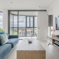 Amazing Views, Luscious Style and location Internal name: Shelleys pad