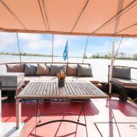 Fantastic Watervilla in Kerkdriel direct at Lakebeach, hotell i Kerkdriel