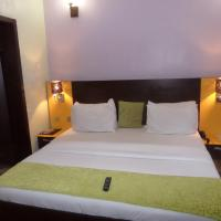 Downtown Royal Hotel GRA, hotel near Murtala Muhammed International Airport - LOS, Ikeja
