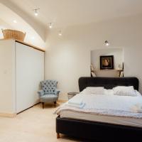 COMMODUS apartment IX