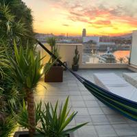 31 Nights Plus Luxury Aircon Beach Apartment Barcelona with Incredible Views