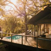 Rhino Sands Safari Camp, hotel in Manyoni Private Game Reserve