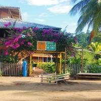 Playa de Oro Lodge, hotel in Bahía Solano