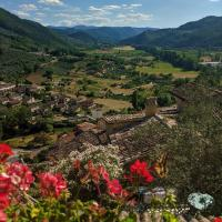 Le Rocche Valnerina Residence, hotell i Ferentillo
