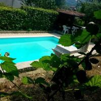 Villa nel verde ai Ronchi, Gavardo., hotel a Gavardo