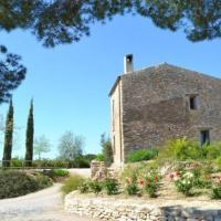 Villa in Valls Sleeps 9 with Pool