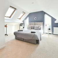 Spacious 4 bedroom apartment, hotel in Pontefract