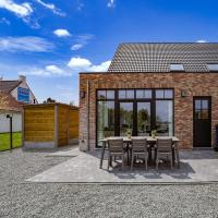 Suave Holiday Home in Ronse with Fenced Garden