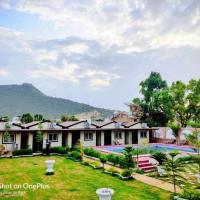 Hotel Raj Mahal - Luxury Rooms with Pool, hotel in Pushkar