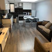 Large 3 Bedroom Apartment Aldgate East Free WiFi