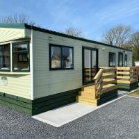Charming two bedroom static caravan in whithorn