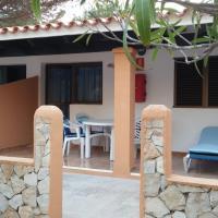 Apartamentos Consuelo y Alicia, hotel in La Mola