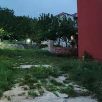 Family House - Ailə Evi, отель в Алтыагаче